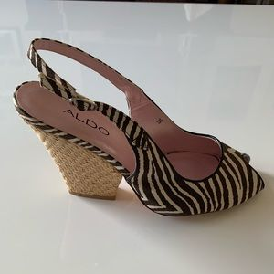 New Aldo casual pumps with brown zebra pattern